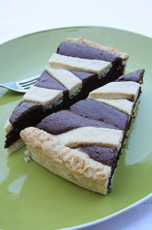 © crostata alle nocciole e cioccolato