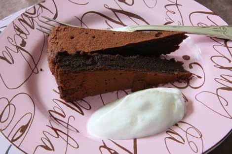 torta al cioccolato e anacardi   ©foto Sandra Longinotti