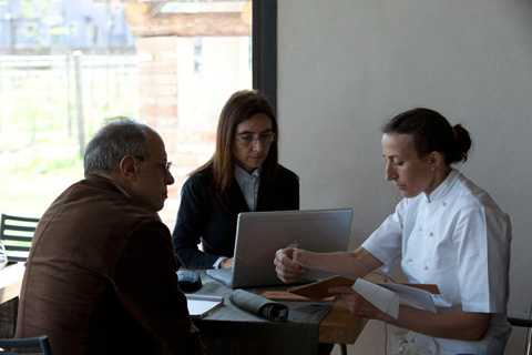 mentre intervisto Paola Budel - con noi il collega Gianmichele Portieri (foto G.Frassi)