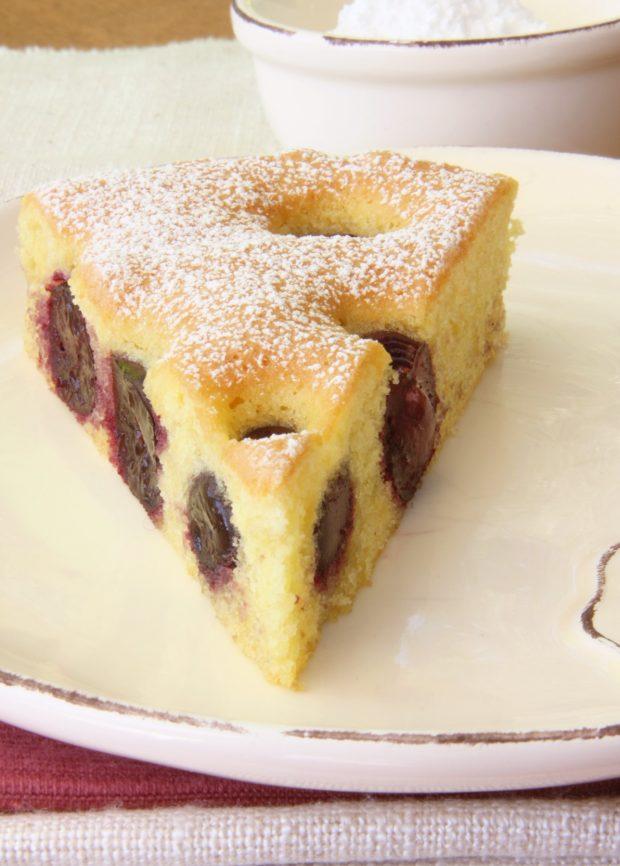Torta di ciliegie e mandorle | ©foto Sandra Longinotti