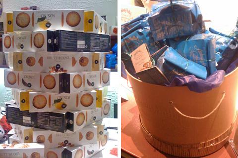 © Nuovi biscotti Deseo e la cappelliera piena di Biscottini di Prato Mattei