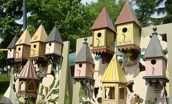 Mangiatoie e nidi per uccellini, La Bottega di Betti (©foto Sandra Longinotti)