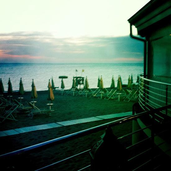 La Perla del Mare, la spiaggia al tramonto | ©Strutturafine