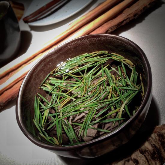 L'infuso di resina di pino, ristorante Essenza   ©Strutturafine