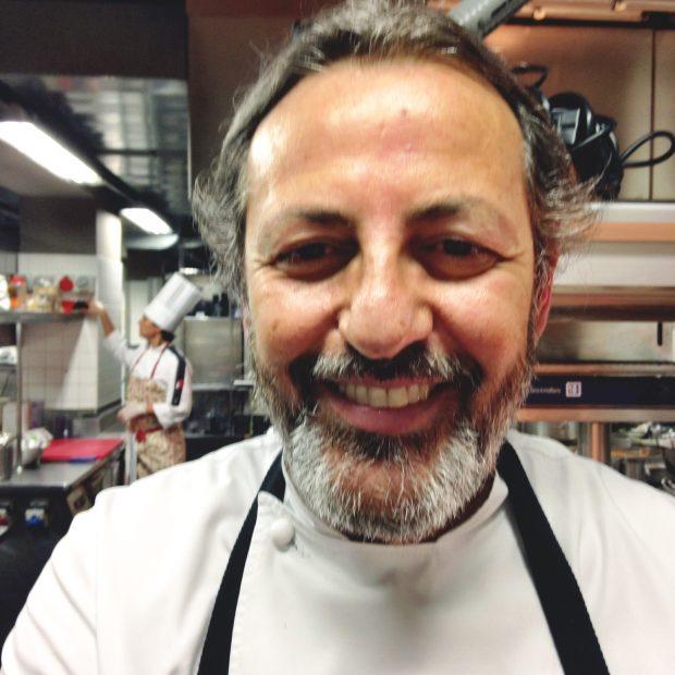 Filippo La Mantia nella cucina del suo nuovo ristorante milanese | ©Sandra Longinotti