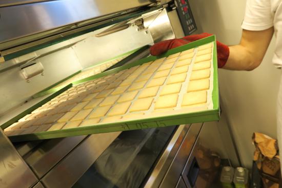 biscotti appena sfornati da Anche Forno | ©foto Strutturafine