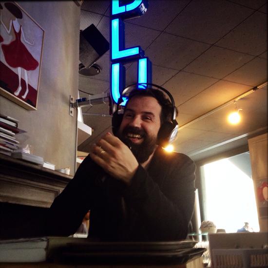 Anche Radio, quando Matteo Stefani trasmetteva dal bancone dell'Anche Bar | ©Strutturafine