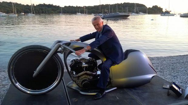 biker-2_illy-harley