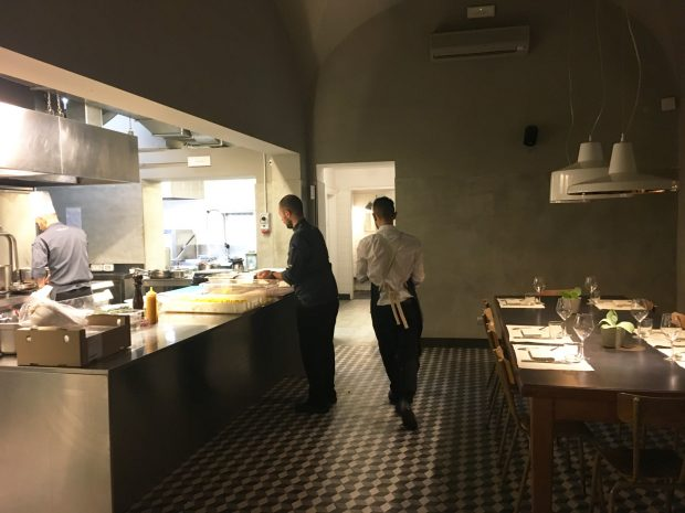 la-menagere_cucina-tavolo-chef