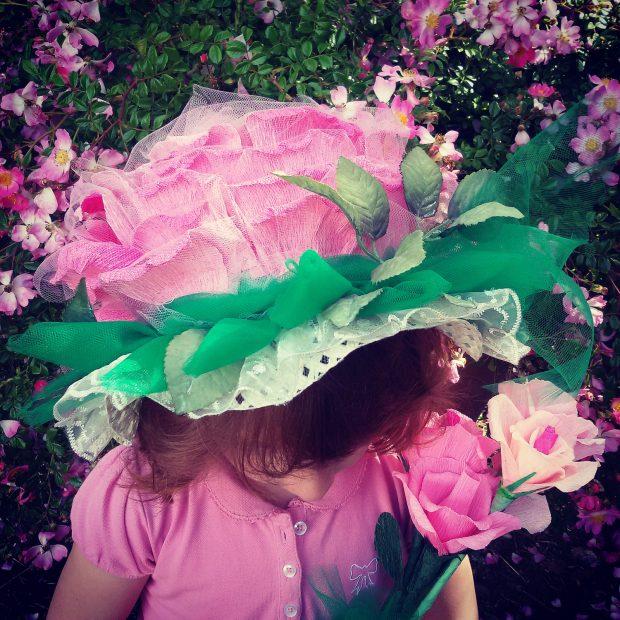 """""""Una rosa in testa"""" è uno dei concorsi a cui puoi partecipare durante I Giorni delle Rose"""