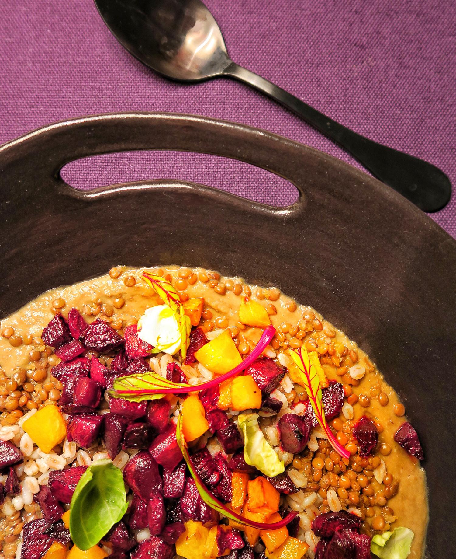 Crema di Lenticchie con farro, zucca e barbabietola - la Ricetta della mia Monday Soup #6 | ©foto Sandra Longinotti