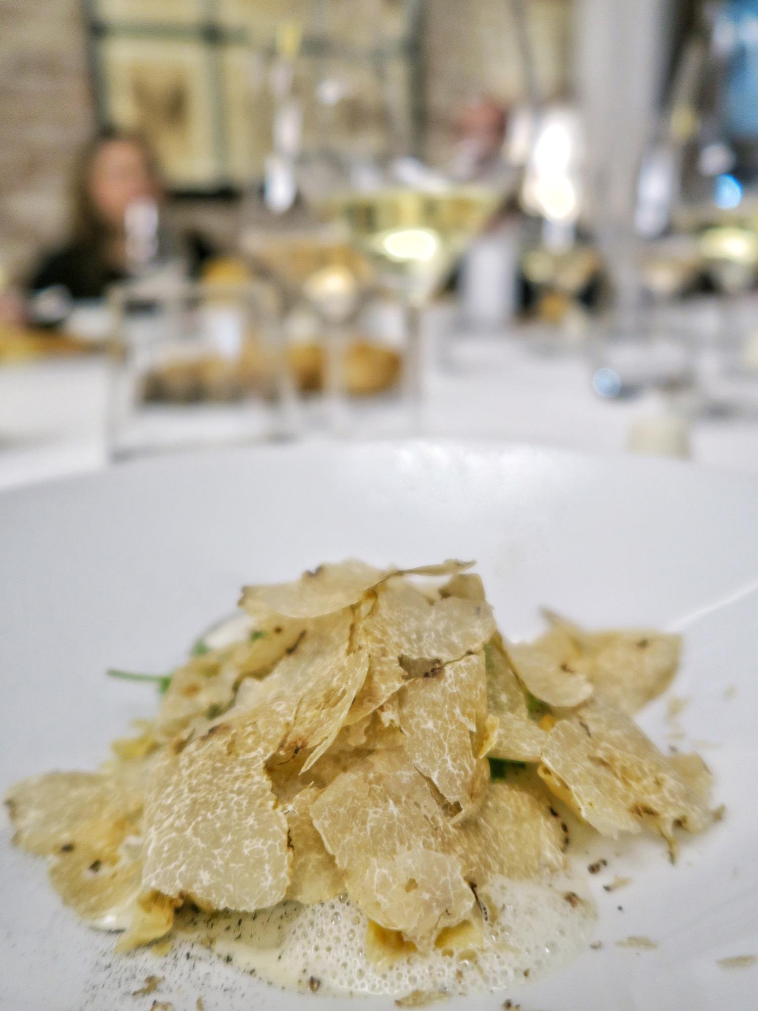 cardo gobbo con tartufo bianco, chef Michelangelo Mammoliti